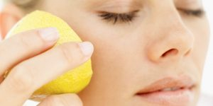 usar limão para a beleza da pele