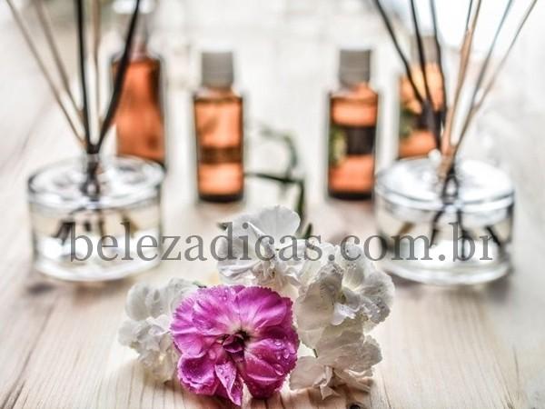 oleo de rosa para eliminar rugas e produzir colageno