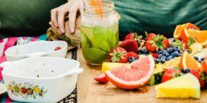 sucos detox para limpar o corpo e perder peso