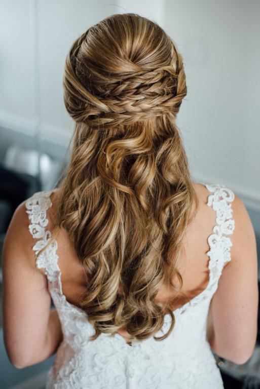 Penteados românticos para noivas