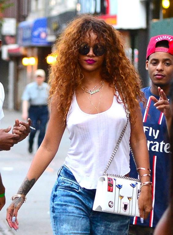 Raízes Visíveis de Rihanna
