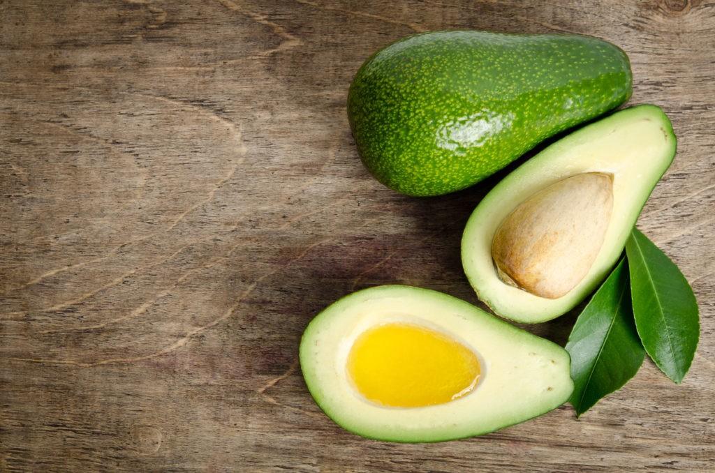 benefícios do oleo de abacate