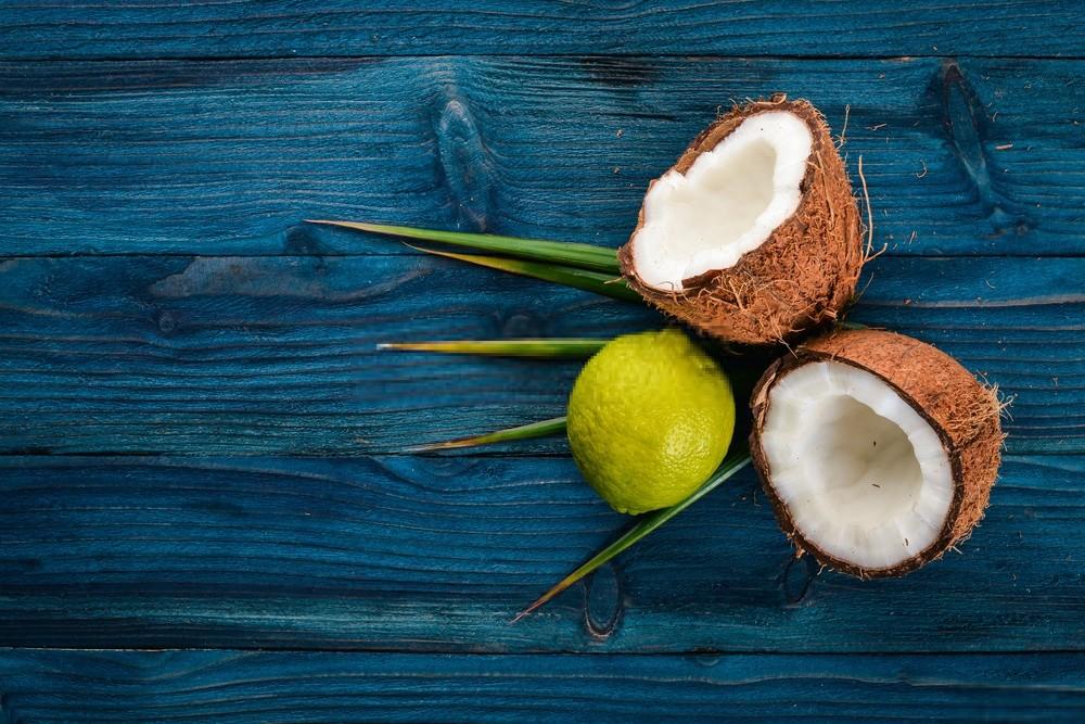 Leite de Coco e Suco de Limão Para Alisamento