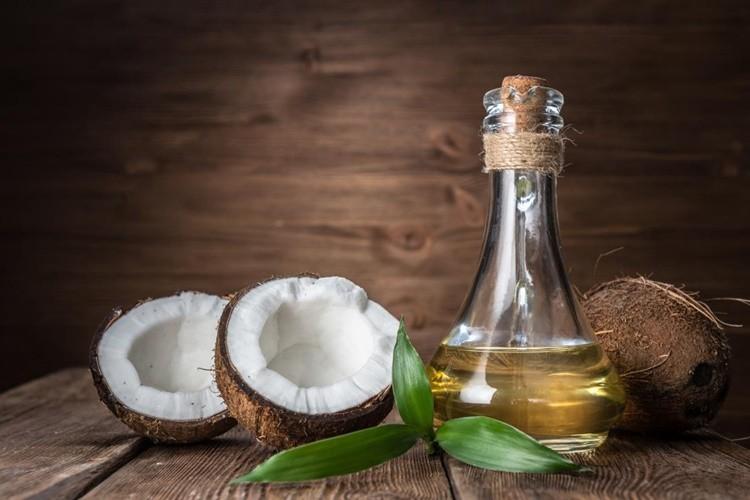 oleo de coco para saude