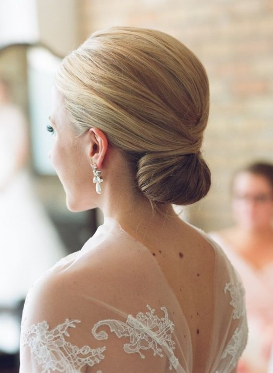 penteados de noivas Low Chignon
