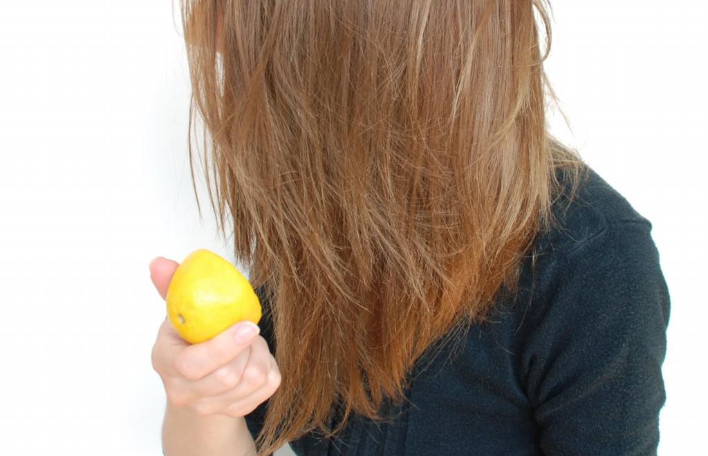 suco de limao para o cabelo
