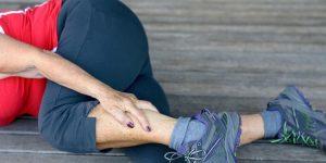 causas de caibras nos pes e como evitar
