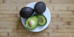 receita caseira com abacate para eliminar estrias