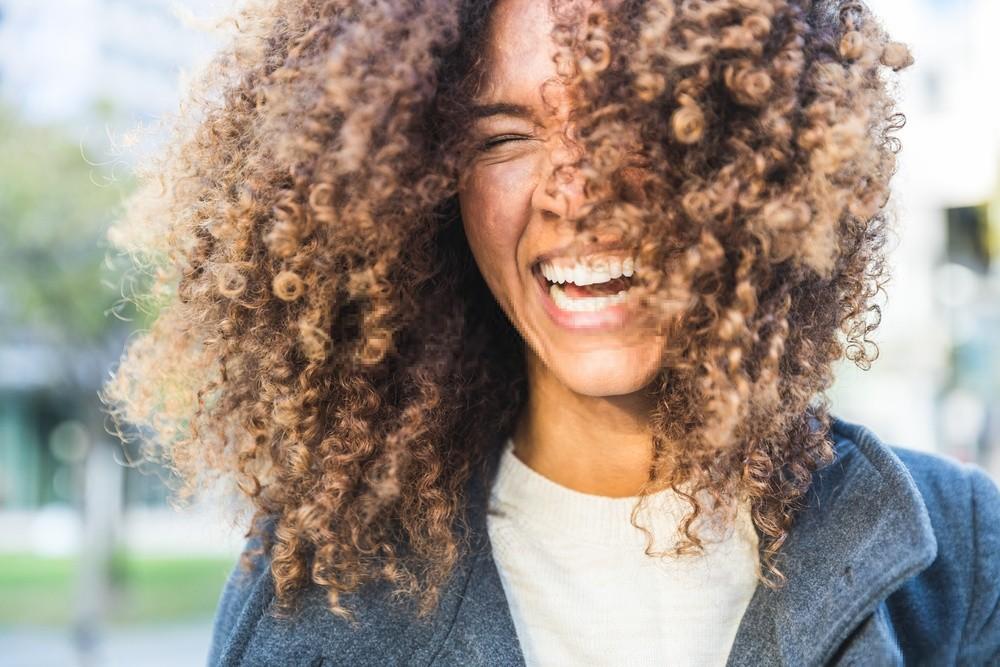 técnicas para secar e dar mais volume aos cabelos