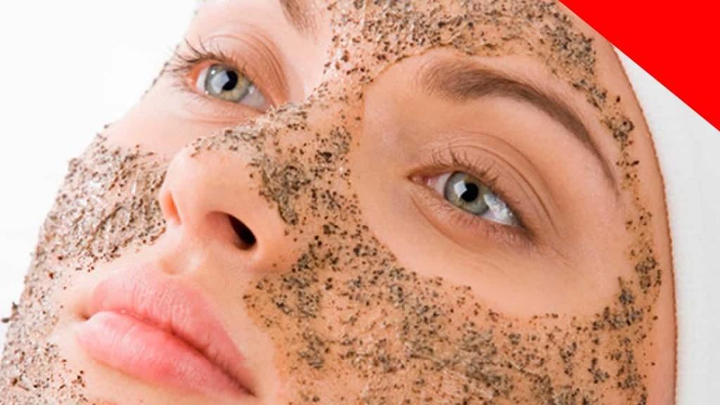 Máscara de Café Para Pele com Acne