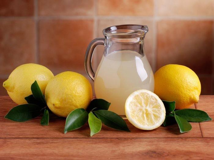 beneficios do suco de limao