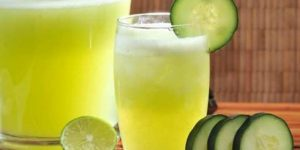 água de pepino, gengibre e limão