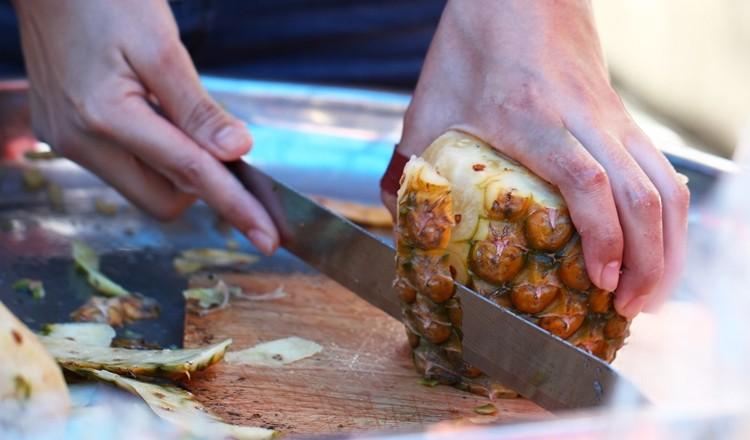 casca de abacaxi com canela para perder peso