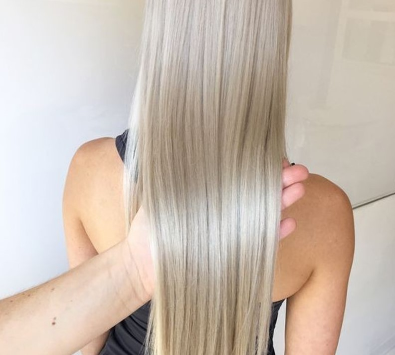como fazer banho de brilho no cabelo